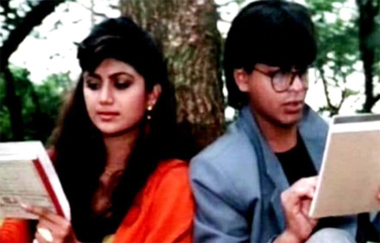 ১৯৯৩ সালে 'বাজিগর' ছবিতে শাহরুখের বিপরীতে বলিউডে অভিষেক হয়েছিল শিল্পা শেটির। যদিও ছবিতে অল্প সময়ের জন্যই দেখা গিয়েছিল শিল্পাকে। ছবি: সংগৃহীত