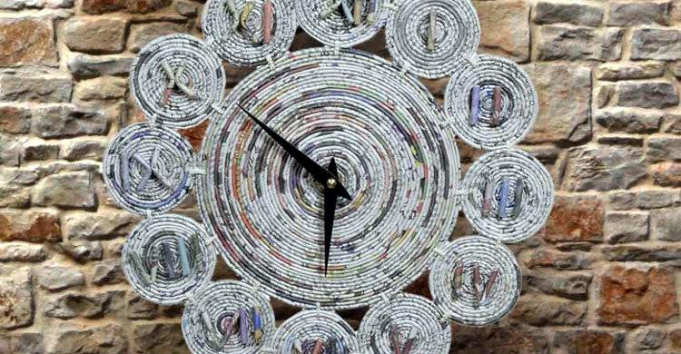 Paper-watch