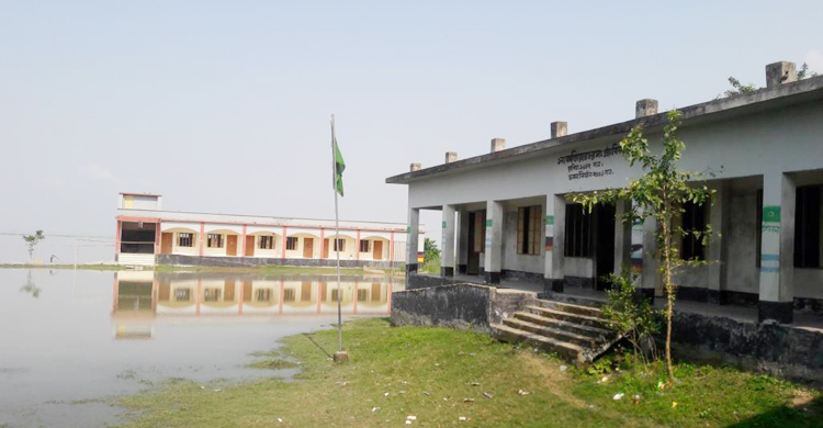 Shariatpur-School-Vaggoner