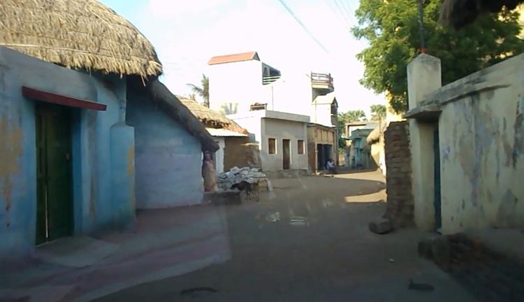 churulia-in