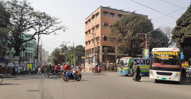 Dhaka-Bus