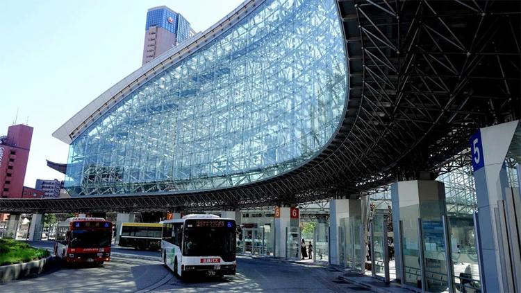 Kanazawa-Station-Kanazawa-2