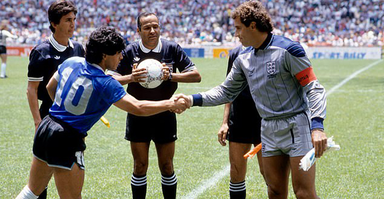 Maradona-2.jpg