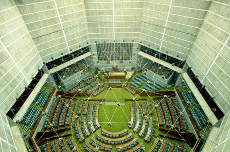 parlament-03