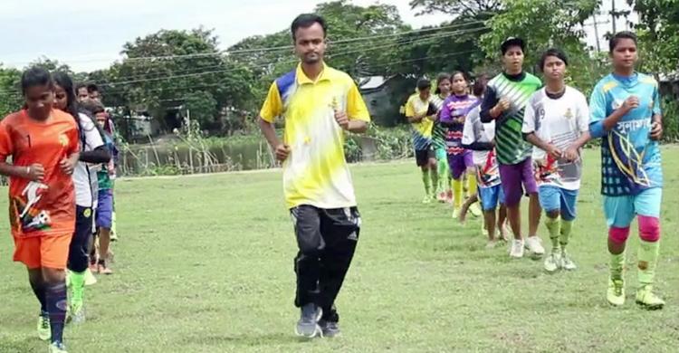 Sunamganj-woman-football-5