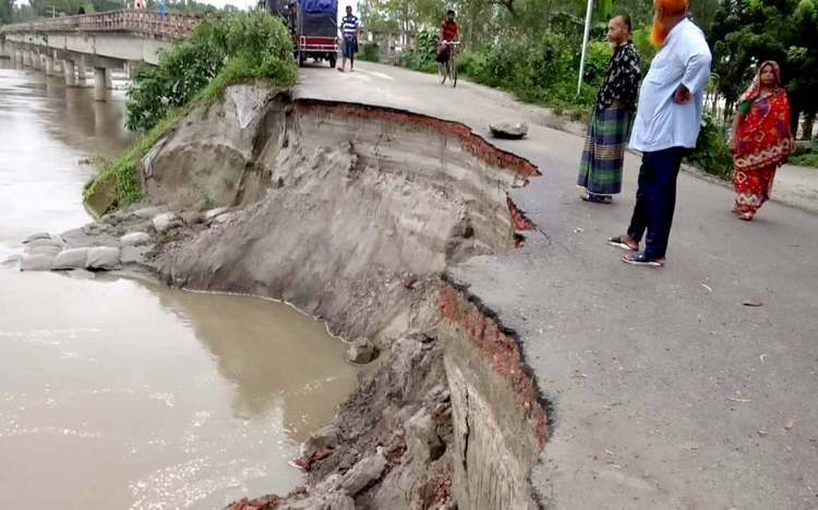 Tangail-Road-destroy1