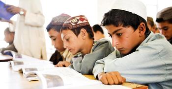 আফগানিস্তানে ছেলেদের জন্য স্কুল খুলছে আজ
