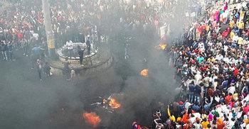 নাগরিকত্ব বিলের প্রতিবাদে উত্তাল আসাম-ত্রিপুরায় সেনা মোতায়েন