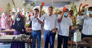 শরীয়তপুরে মাদক-স্মার্টফোনকে শিক্ষার্থীদের লাল কার্ড