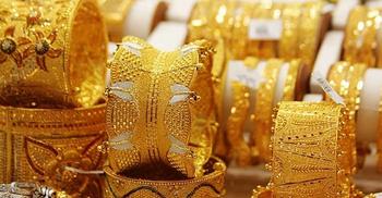 আজ-কালের মধ্যে দেশের বাজারে কমবে স্বর্ণের দাম