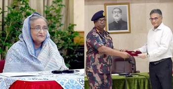 করোনা : প্রধানমন্ত্রীর কল্যাণ তহবিলে একদিনের বেতন দিল বিজিবি