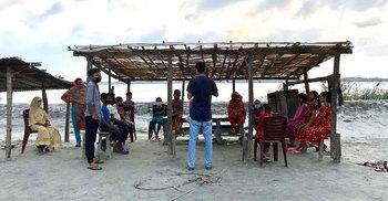 শিক্ষাবঞ্চিত শিশুদের জন্য 'আলোর বিদ্যানিকেতন'