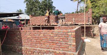 গৃহহীনদের ৫৬টি ঘর নির্মাণে ব্যাপক অনিয়ম-দুর্নীতি