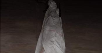 ধানের বস্তা মাথায় খালে তলিয়ে গেলেন শ্রমিক