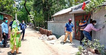 নারায়ণগঞ্জ থেকে সাতক্ষীরায় ফেরা চারজন পরিবারসহ কোয়ারেন্টাইনে