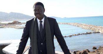 করোনা : বিমানে তোলার আগেই পরপারে ফরাসি ক্লাবের সাবেক সভাপতি