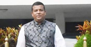 সরকারি গাছ কেটে আত্মসাতের অভিযোগে চেয়ারম্যান বরখাস্ত