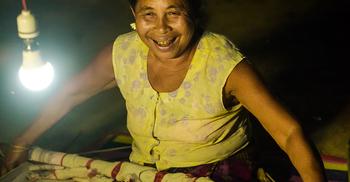 পাহাড়ের ১৫ হাজার মানুষের কাছে আলো পৌঁছাল 'দীপ্ত'