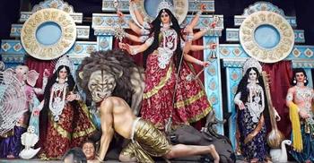 দুর্গার ত্রিশূলে বধ শি জিনপিং!