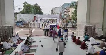 বায়তুল মোকাররমে ঈদের জামাতে বিপুল সংখ্যক মুসল্লি
