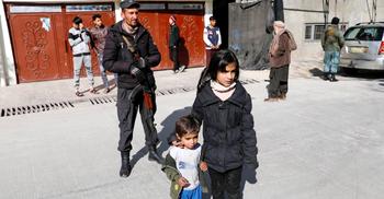 আফগানদের সহায়তায় ৩০০ মিলিয়ন ডলার দিচ্ছে বাইডেন প্রশাসন
