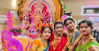 কানাডার সাস্কাটুনে শারদীয় দুর্গাপূজা উদযাপন