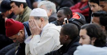 ফরাসি মুসলিমদের ক্ষোভ-দুঃখ প্রকাশ
