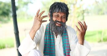 'গলুই' সিনেমায় পাগল চরিত্রে চমক দেখাবেন আজিজুল হাকিম