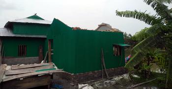 হাতিয়ায় কালবৈশাখী ঝড়ে শতাধিক ঘরবাড়ি বিধ্বস্ত