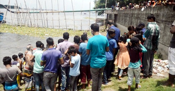 কচুরিপানার সঙ্গে ভাসছিল ৫ মাস বয়সী শিশুর মরদেহ