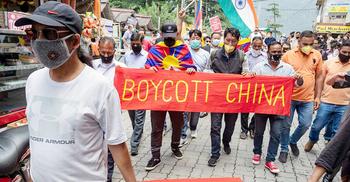 বৈরিতার মধ্যেই ভারতের বৃহত্তম ব্যবসায়িক অংশীদার চীন
