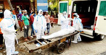 ভারতে করোনায় প্রতি ঘণ্টায় ৬০ জনের বেশি মৃত্যু