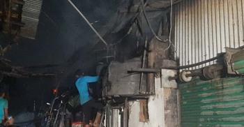 কারওয়ান বাজারের হাসিনা মার্কেটের আগুন নিয়ন্ত্রণে
