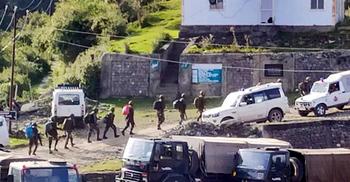 কাশ্মীরে ভারতীয় ৯ সেনা নিহত