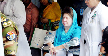 খালেদার চিকিৎসা নিশ্চিতের পর টিকার সিদ্ধান্ত : আইনজীবী