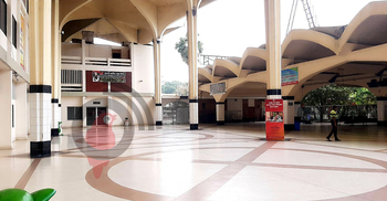 জনস্রোতের বদলে সুনশান কমলাপুর রেলওয়ে স্টেশন