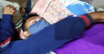 খুবির অনশনরত দুই শিক্ষার্থীই হাসপাতালে