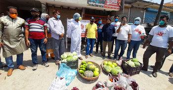 কুষ্টিয়ায় 'ভ্রাম্যমাণ ফ্রি বাজার' উদ্বোধন