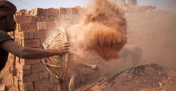গ্রামীণ প্রকল্পে শ্রমিকদের দৈনিক ৫০০ টাকা দেয়ার সুপারিশ