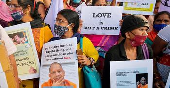 ধর্মান্তরিত বিয়ে রুখতে 'লাভ জেহাদ' বিল পাস উত্তরপ্রদেশে