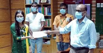 বৃত্তির টাকা করোনা তহবিলে দিলেন মাগুরার স্কুলছাত্রী