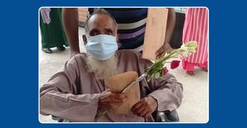 ৯০ বছর বয়সে করোনাজয় করলেন আজিজ