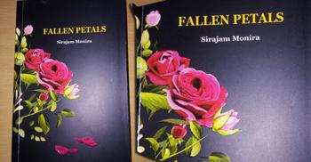 সিরাজাম মনিরার ইংরেজি উপন্যাস 'ফলেন পেটালস'