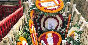 বুদ্ধিজীবী কবরস্থানে সাংবাদিক মিজানুর রহমান খানের দাফন সম্পন্ন