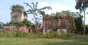 ধ্বংসের দ্বারপ্রান্তে মোগল আমলে নির্মিত মসজিদ
