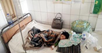 চলন্ত ট্রেনে পাথর নিক্ষেপে দুই বছরের শিশু আহত