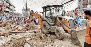 ঢাকা-চট্টগ্রাম মহাসড়কে তিন শতাধিক অবৈধ স্থাপনা উচ্ছেদ