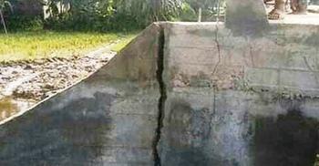 নির্মাণ কাজ শেষ না হতেই কালভার্টে ফাটল