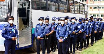 প্লাজমা দিতে ঢাকায় কুমিল্লার করোনাজয়ী ২৭ পুলিশ সদস্য