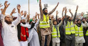 টিএলপি'র ৩৫০ কর্মীকে মুক্তি দিলো পাকিস্তান